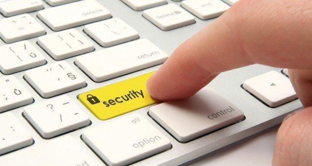 sicurezza online 10 consigli 640x342 - Consulenza, Assistenza Sistemistica e Corsi di Formazione Verona