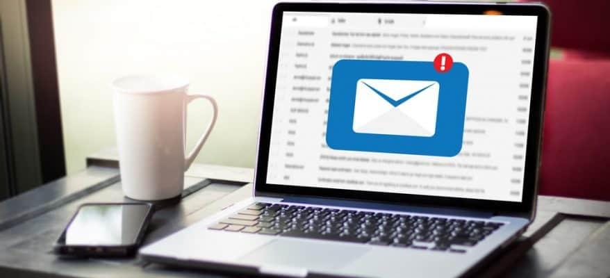 Scrivere una mail ad unazienda 878x400 1
